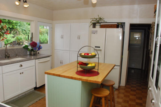 Kitchen & Bathroom remodeling project in Aberdeen, WA